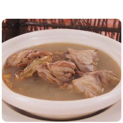 田裡甜麻油雞湯